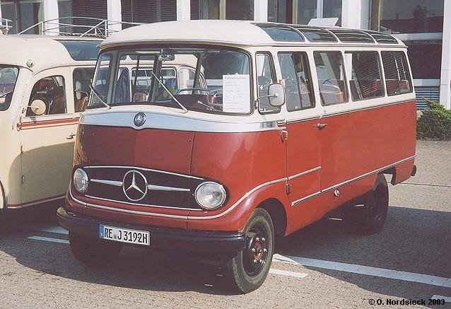 Bildseite for Mercedes benz 319 bus for sale